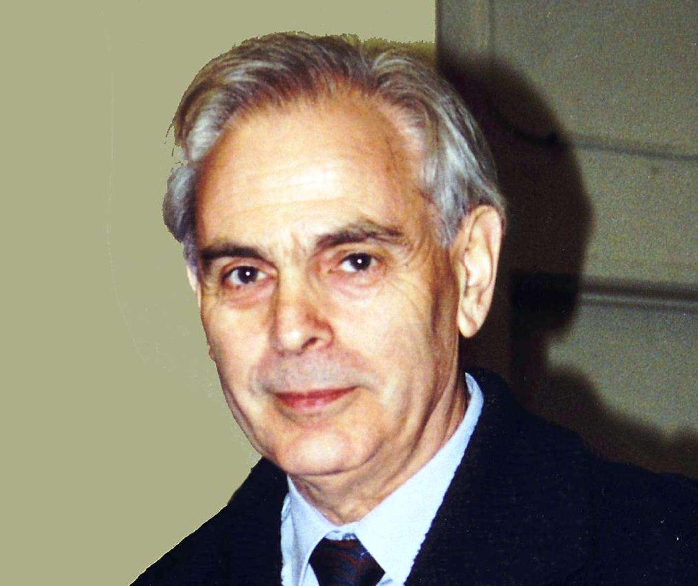 Lev Okun (1929-2015) est un physicien russe dont les travaux sur la physique des particules élémentaires sont bien connus. On lui doit le terme de hadron désignant toutes les particules composées de quarks et de gluons, comme les nucléons, les mésons et les hypérons. © SLAC, Cern