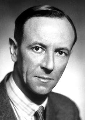 James Chadwick (1891-1974) est un physicien britannique principalement connu pour la découverte du neutron, en 1932, pour laquelle il reçut le prix Nobel de physique de 1935. Cette découverte a mené directement à la fission nucléaire et à la bombe atomique. © Wikipédia-domaine public
