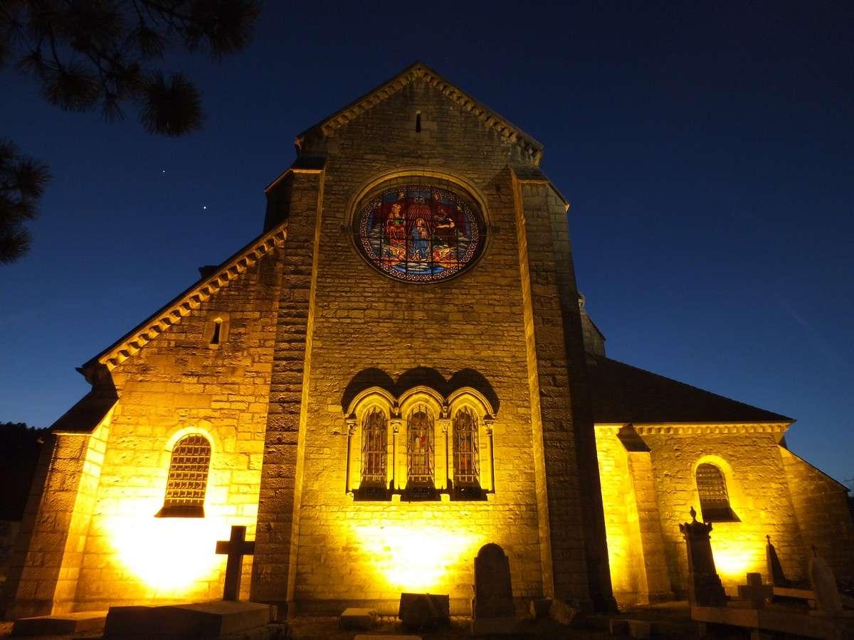 Le 31 mars 2012, de nombreux monuments ne seront pas éclairés pendant une heure dans le cadre de la cinquième édition de Earth Hour. © J.-B. Feldmann