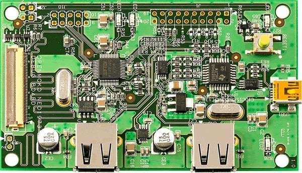 La carte de debuggage proposée en accompagnement de la version destinée aux développeurs. Crédit OpenMoko.