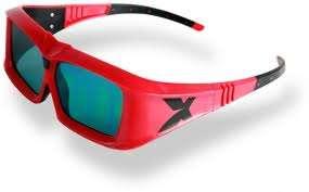 """La plupart des dispositifs d'affichage stéréoscopiques modernes utilisent des lunettes dites """"actives"""" qui obturent alternativement à grande vitesse le verre gauche et le verre droit. © Xpand"""