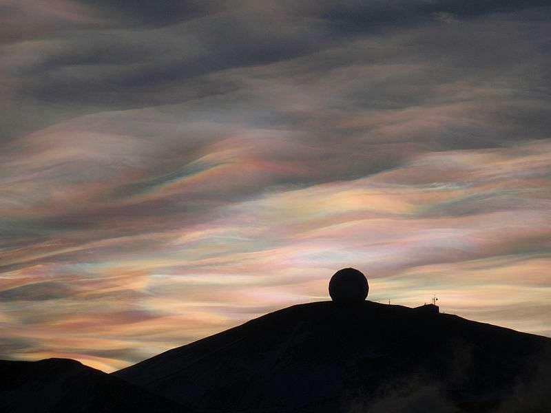Les nuages nacrés qui se forment durant l'hiver austral en Antarctique contribuent à l'appauvrissement de la couche d'ozone stratosphérique. © Alan Light, Wikipédia, cc by 2.0