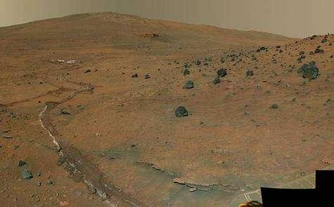 La région Mc Murdo, vue par le robot explorateur Spirit en décembre 2006.