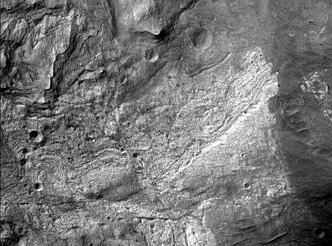 Première image de Mars en haute résolution par Mars Reconnaissance Orbiter