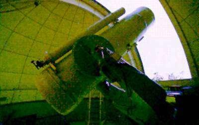 Le télescope Schmidt de l'observatoire BAO Xinglong au moyen duquel a été découvert l'astéroïde Tongling et bien d'autres. Crédit SCAP.