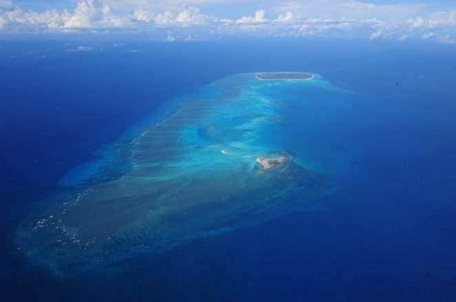 L'archipel des Glorieuses est composé de deux îles entourées par une barrière de corail. Il aura désormais son parc naturel marin. © Serge Gelabert