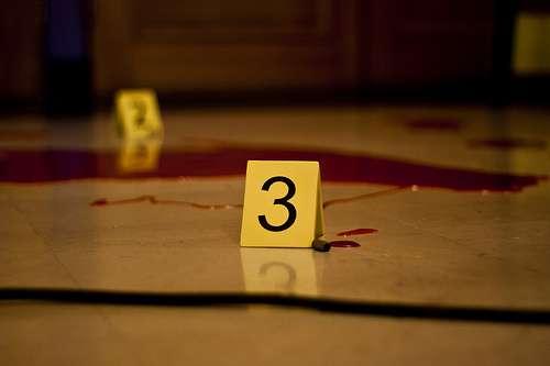 Une scène de crime peut laisser des indices qui mènent au tueur. © Tangi Bertin, Flickr, CC by-sa 2.0