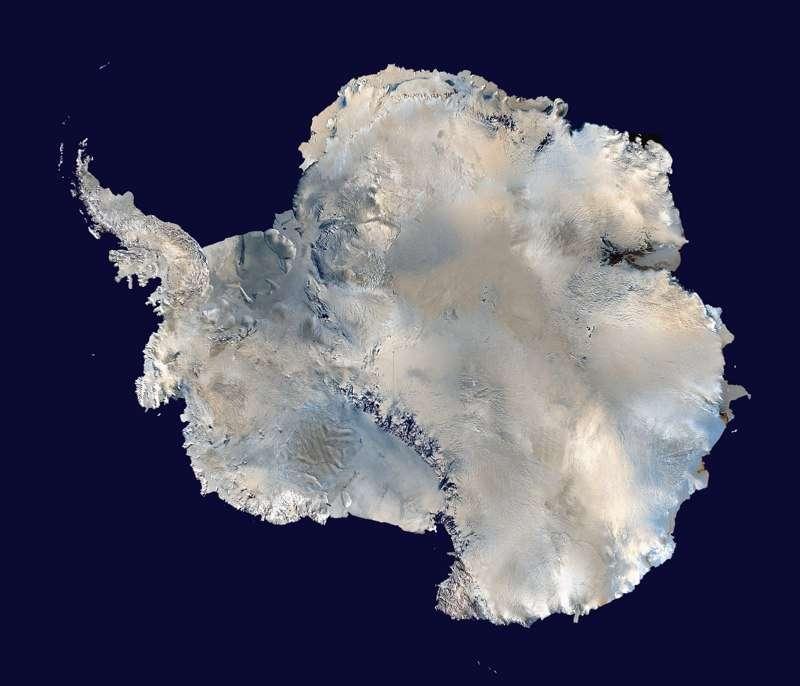 Le continent antarctique, témoin privilégié des changements du climat mondial. © Nasa