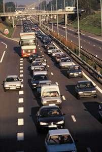 Pour lutter contre la pollution automobile, les camions pesant plus de 7,5 tonnes seraient interdits de passage dans la capitale bavaroiseCrédit : http://www.gco-strasbourg.org