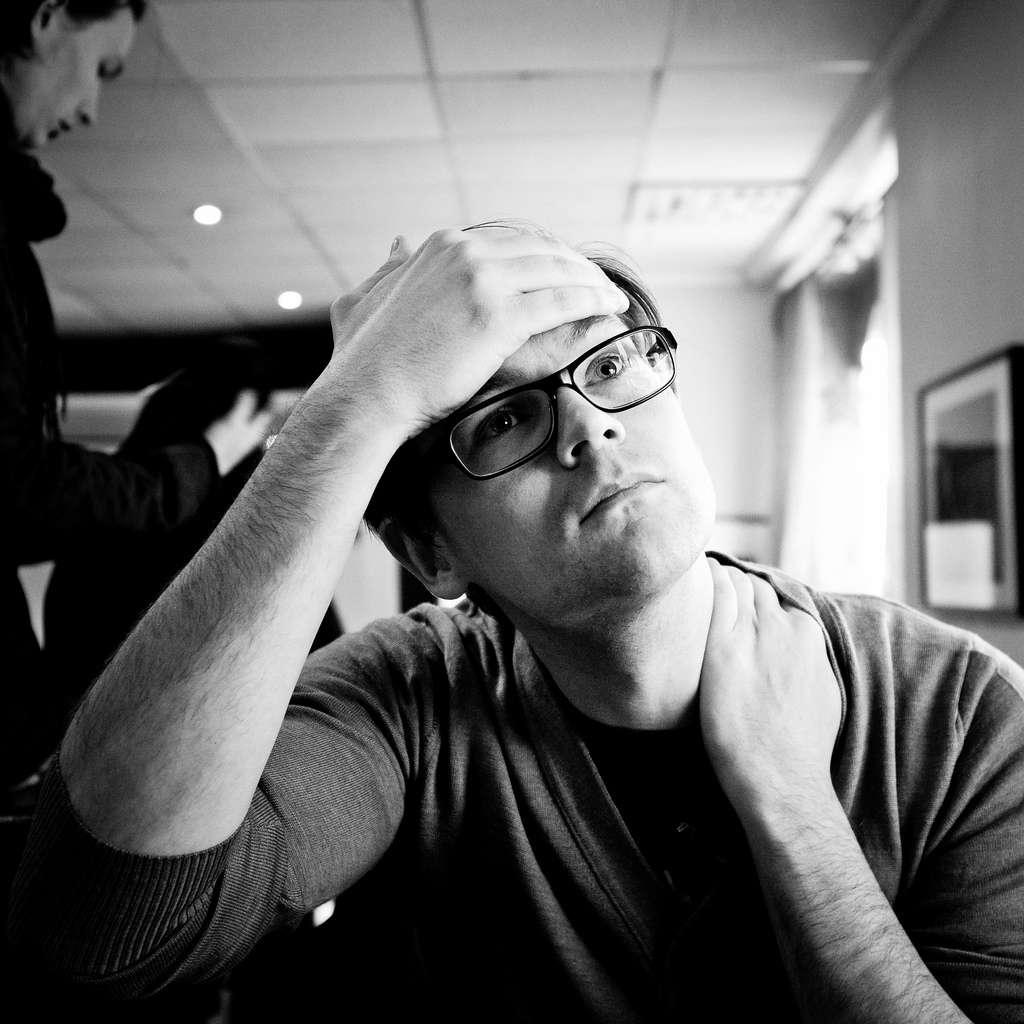 La gueule de bois se manifeste notamment par des maux de tête. Aux États-Unis, le Blowfish permettrait d'enrayer les symptômes d'une consommation excessive d'alcool la veille. © Peter Hellberg, Flickr, cc by sa 2.0