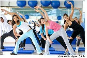 L'aérobic diminue la pression artérielle et améliore le seuil respiratoire. © Andres Rodriguez/Fotolia