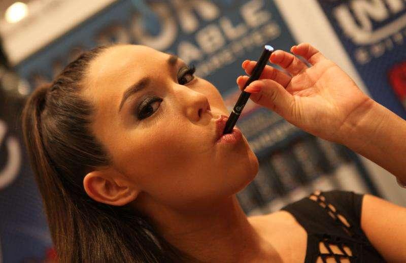 L'e-cigarette, une porte d'entrée vers d'autres drogues ? © Michael Dorausch, flickr, cc by sa 2.0