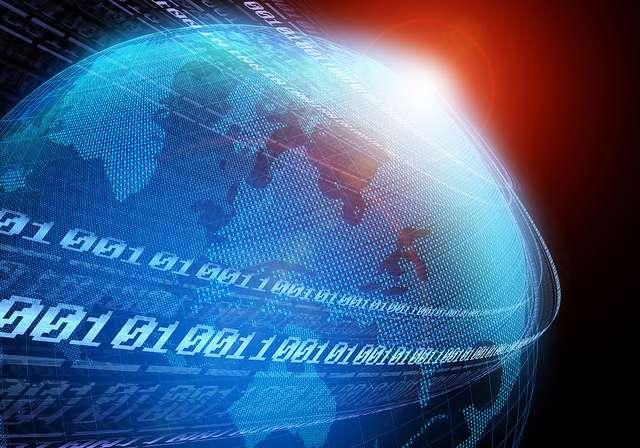Le Software as a Service ou SaaS, logiciel en tant que service, en français, est l'une des émanations du cloud computing. Il permet d'accéder à une application via l'Internet en la louant et non plus en achetant une licence d'exploitation. © PressReleaseFinder, CC by-nc-nd 2.0