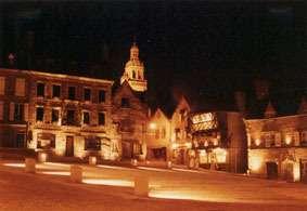 La place du Vieux Marché de Rouen, où Jeanne d'Arc aurait été brûlée vive