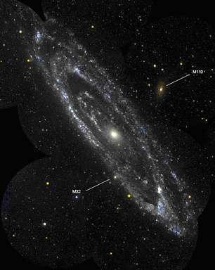Mosaïque de la galaxie d'Andromède M31 prise par GALEXCrédits : NASA