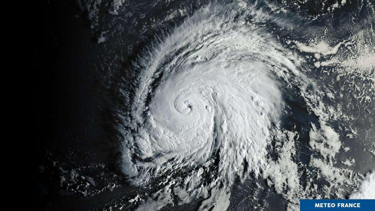 Image du satellite GOES16 de l'ouragan Lorenzo, le 26 septembre à 9 h 20 TU. © Météo France