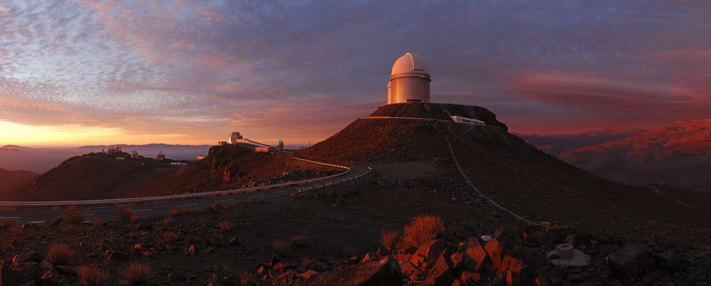 La Silla, le premier des quatre sites astronomiques de l'ESO dans les Andes chiliennes, bénéficiera comme les autres d'une liaison très haut débit avec l'Europe. © ESO