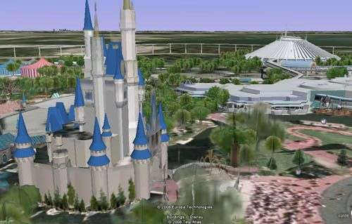 Le château de Cendrillon veille sur le Space Mountain… Capture d'image sous Google Earth.