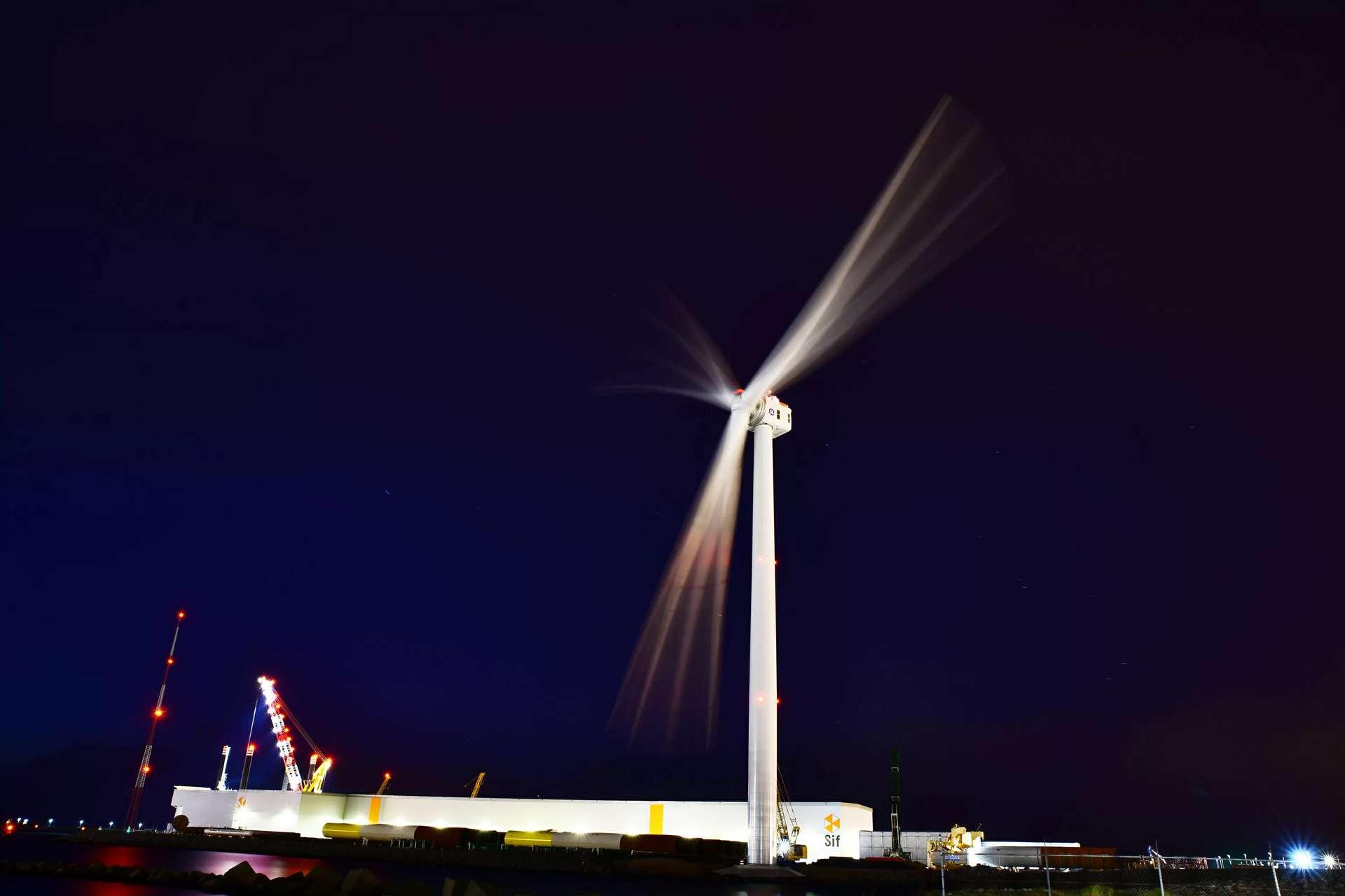 L'éolienne Haliade-X 13 MW de GE est la plus grande éolienne du monde : ses pales mesurent pas moins de 107 mètres. © GE