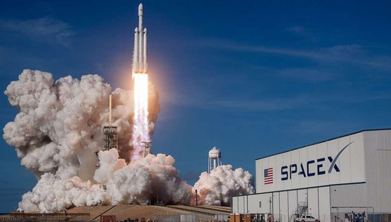 Falcon Heavy : revivez son décollage