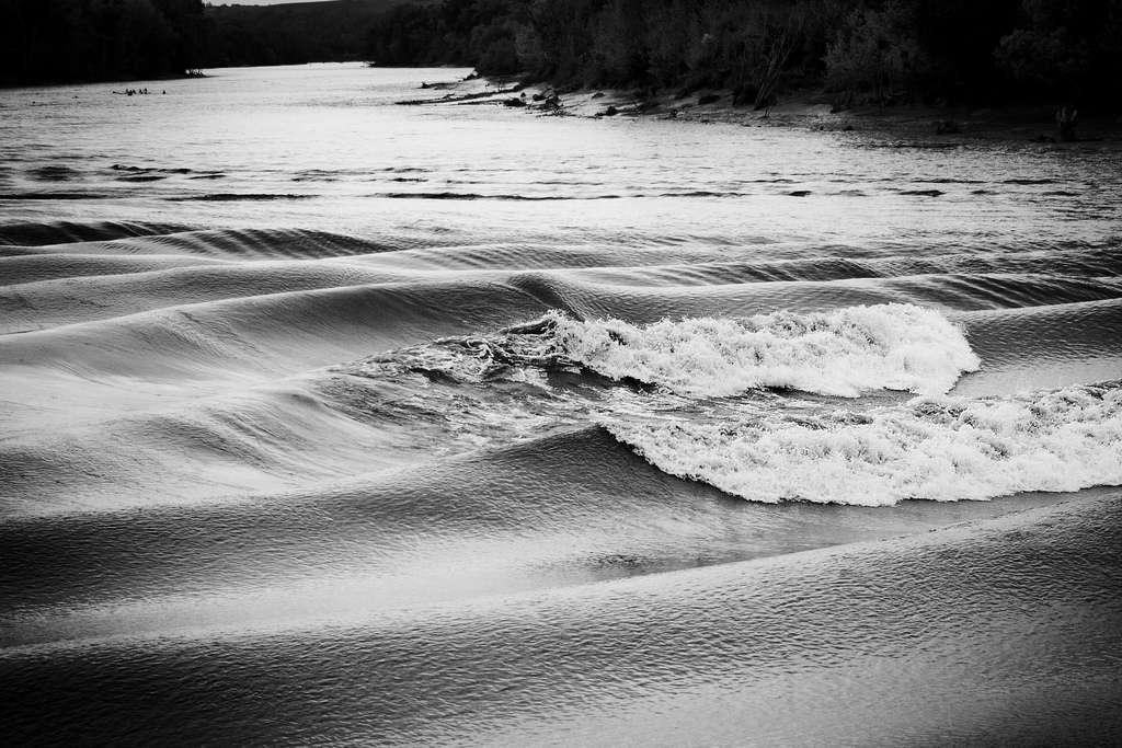 Les mascarets se forment lors des grandes marées. En France, il n'en existe qu'un en Aquitaine. Il se produit lorsque le coefficient de marée est de l'ordre de 100. © Val_tho, Flickr, cc by nc sa 2.0