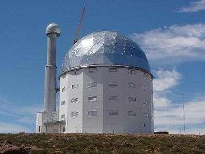 Le South African Large Telescope (SALT)