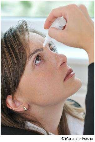 La conjonctivite peut être soignée, entre autres, avec du sérum physiologique. © Martinan/Fotolia
