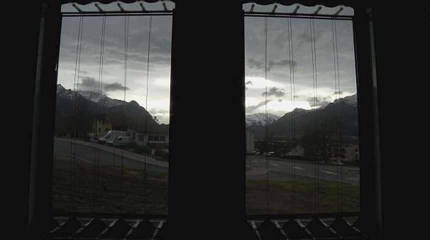 Ces vitres intelligentes produisent de l'énergie et régulent la température