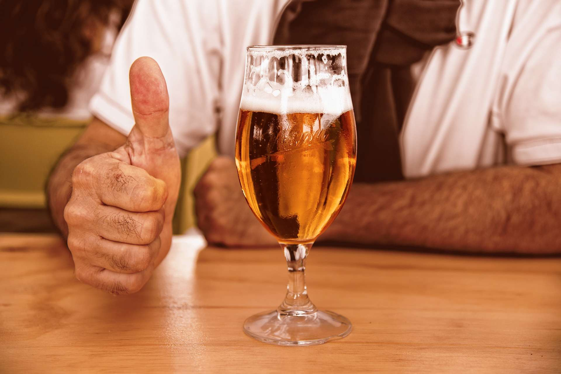 Les pères aussi devraient se tourner vers les bières sans alcool. © Mabel Amber, Pixabay