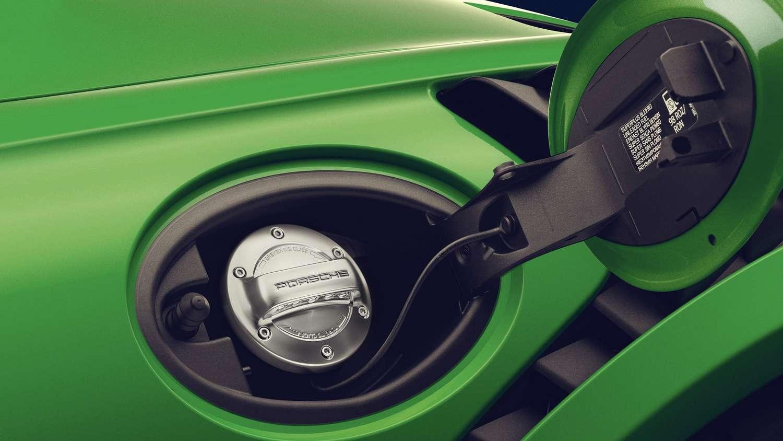 Porsche compte promouvoir ce nouveau e-méthanol produit avec Siemens Energy pour ses modèles de série. © Porsche