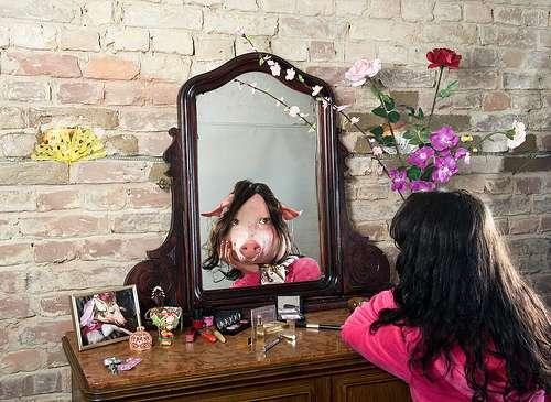 Miroir, est-ce bien moi ? © Shirin K. A. Winiger / Flickr - Licence Creative Common (by-nc-sa 2.0)