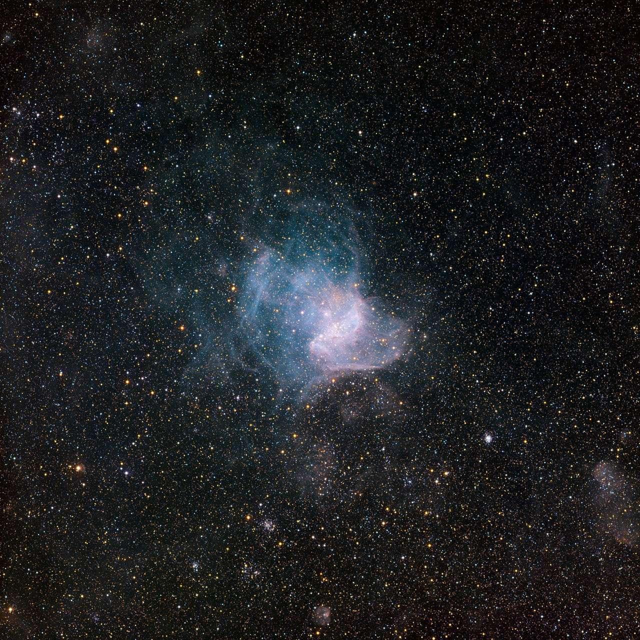 NGC 346, une pouponnière de jeunes étoiles au cœur d'une nébuleuse à émission. Crédit : ESO