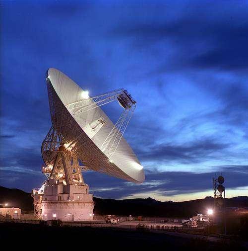 Une antenne du Deep Space Network