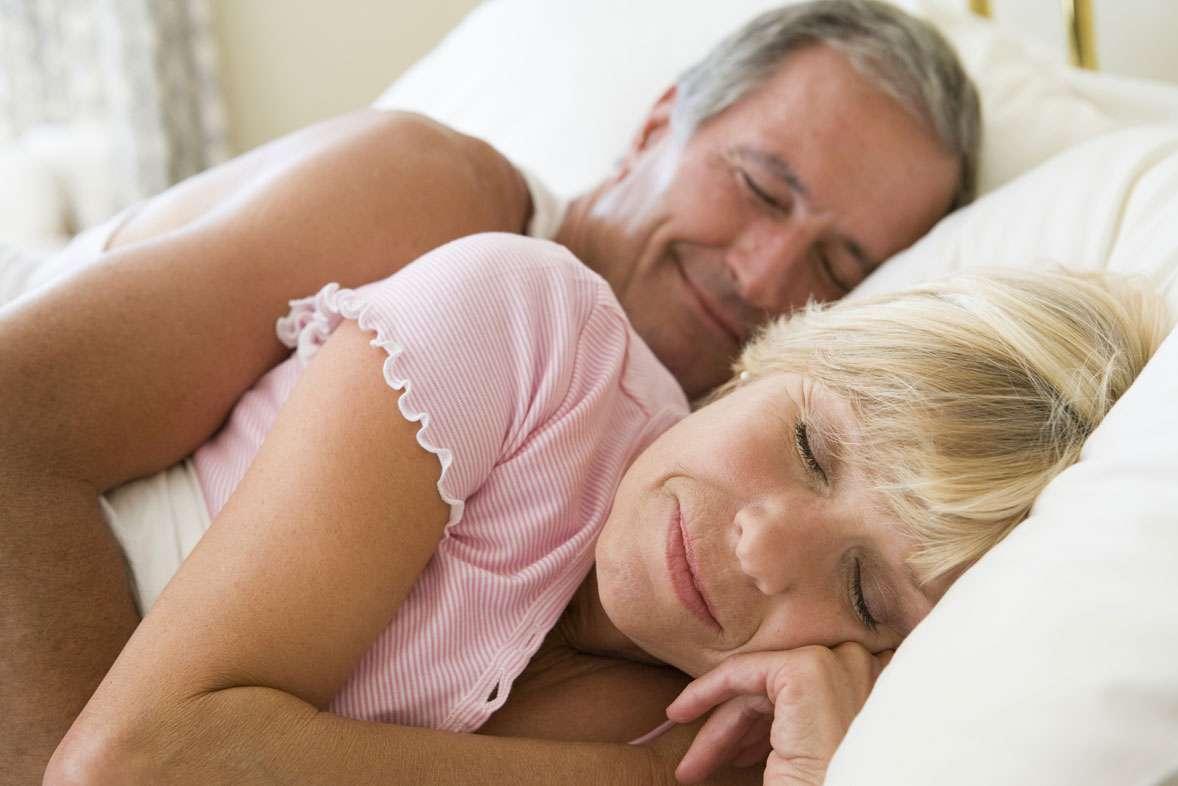 Avec l'âge, notre hormone du sommeil se fait plus rare… Source : © Monkey Business - Fotolia