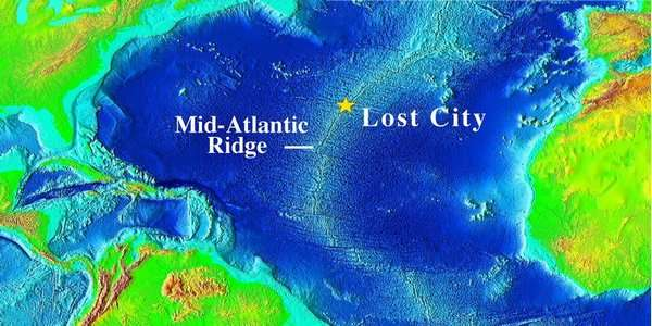 The Lost City, au beau milieu de l'Atlantique, sur la dorsale. Crédit : University of Washington