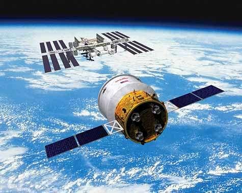 Vue d'artiste du cargo ravitailleur automatique Cygnus d'Orbital Sciences Corp. Crédit Orbital