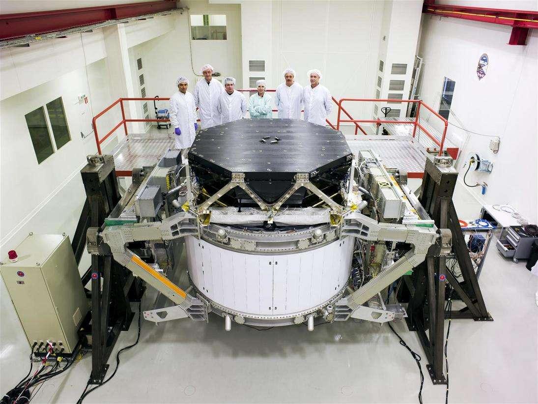 Le détecteur AMS en cours de montage au Cern. Crédit : Cern-Maximilien Brice