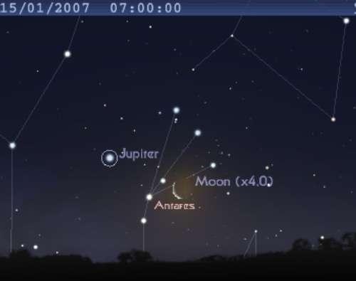 La Lune est en conjonction avec l'étoile Antarès et la planète Jupiter