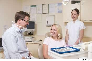 Une biopsie peut s'effectuer dans un bloc opératoire. © Phovoir