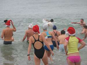 Le bain de mer en hiver n'est pas bon pour le cœur. © DR