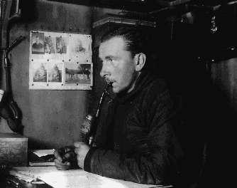 Alfred Wegener pendant l'expédition J. P. Koch en 1912-1913 à la base hivernale Borg au Groenland. Il mourra durant l'hiver 1930 au Groenland. © université de Berkeley