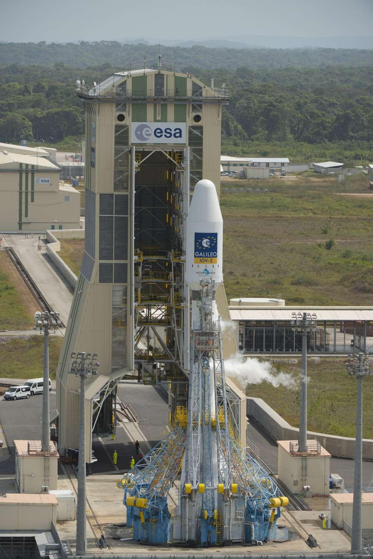 Un lanceur Soyouz sur son pas de tir du Centre spatial guyanais. Quels satellites lancera-t-il en juin, ceux de SES ou de la Commission européenne ? © Esa, S. Corvaja