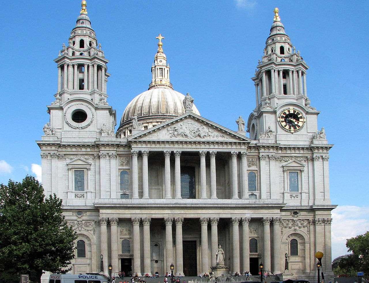 La cathédrale Saint-Paul de Londres accueille des événements prestigieux, comme le mariage de Diana Spencer et du prince Charles. © Bernard Gagnon, Wikimedia Commons, cc by sa 3.0