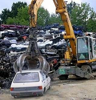 Un véhicule hors d'usage (VHU) doit être valorisé et recyclé. © Ouest France