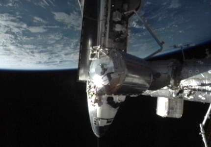 Endeavour « dockée » sur l'ISS le 18 mai 2011. © Nasa