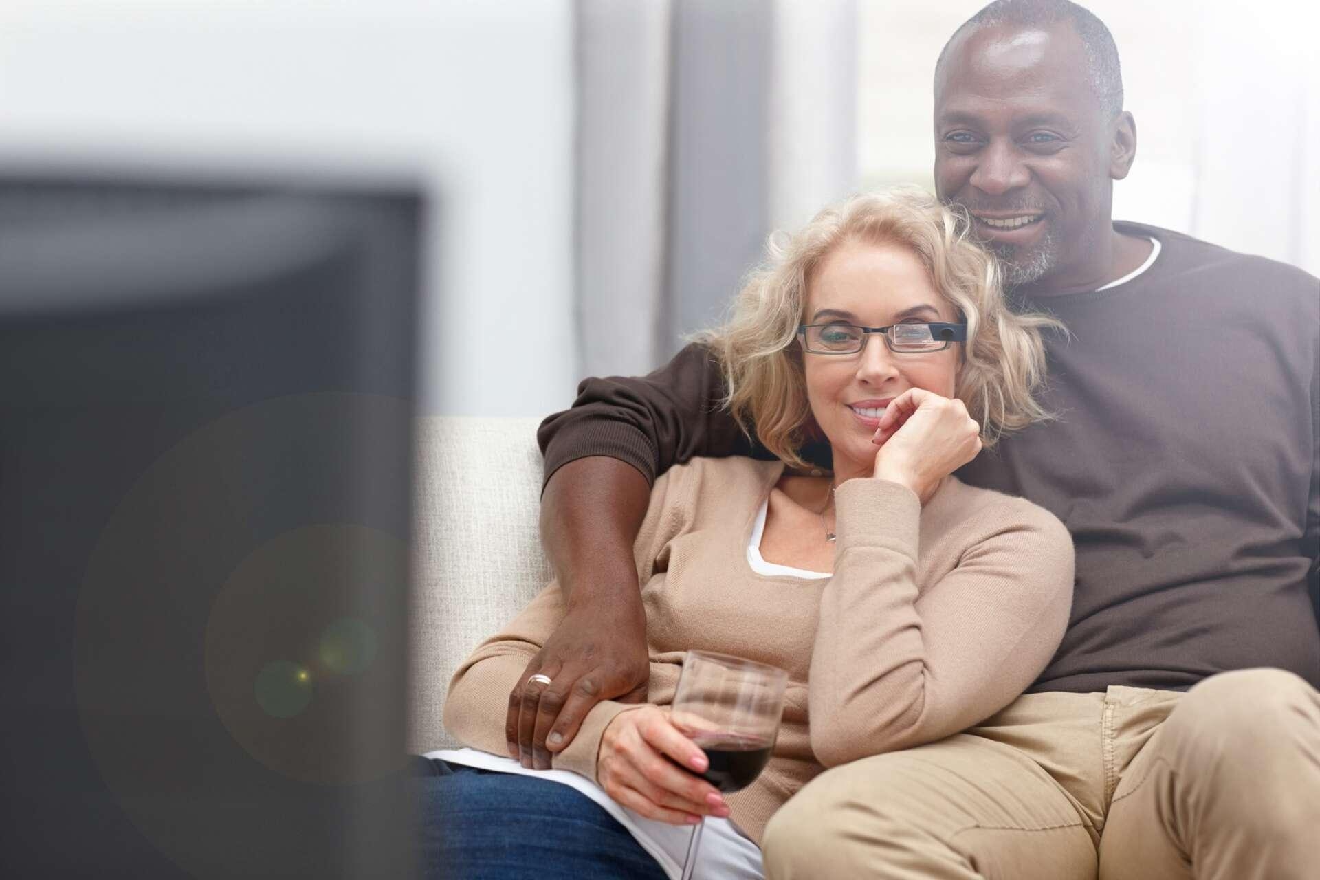 Cette méta-analyse confirme que le cerveau des hommes et des femmes réagit de la même manière devant des images pornographiques. © Dean Mitchell, IStock.com