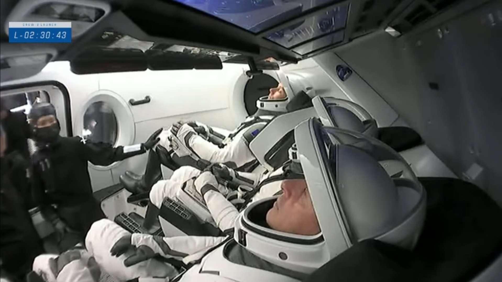 Thomas Pesquet, Megan McArthur, Shane Kimbrough et Akihiko Hoshide à bord de Crew Dragon. © Nasa, SpaceX