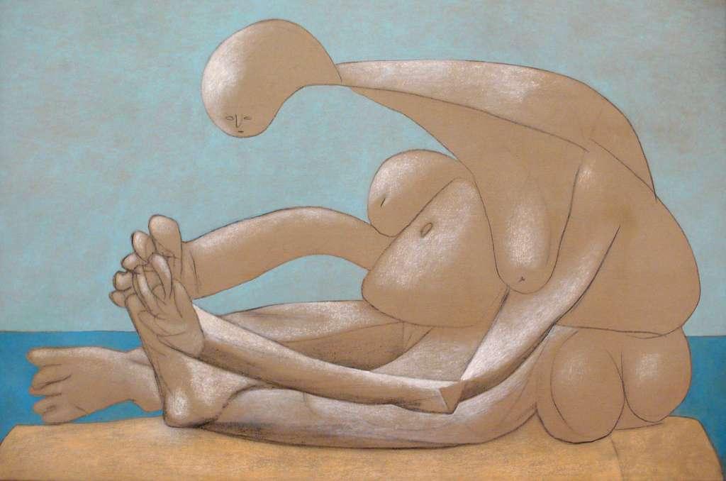 Pablo Picasso est l'un des fondateurs du cubisme, un mouvement artistique du début du XXe siècle. La Femme assise sur la plage en est un exemple. Pour réaliser une peinture, les artistes doivent faire preuve d'une puissante imagination. Selon cette étude, plusieurs zones du cerveau interagissent pour faire germer de nouvelles idées. © Cåsbr, Flickr, cc by 2.0