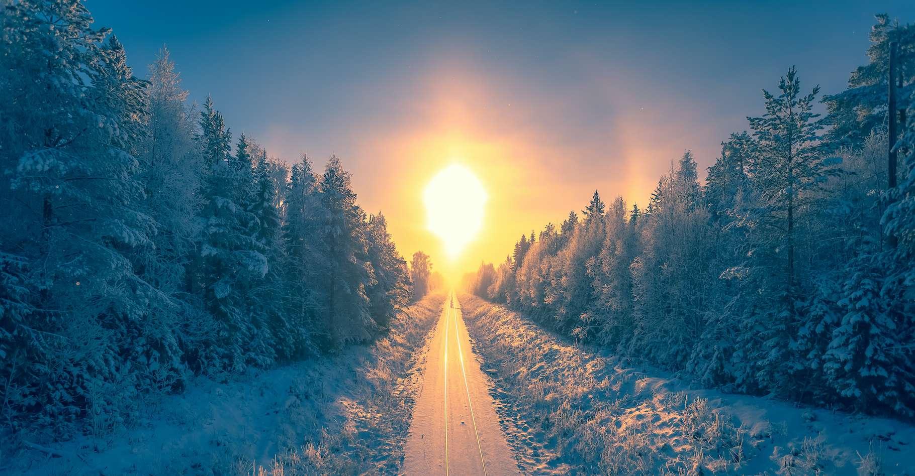 Le solstice d'hiver, c'était ce lundi 21 décembre 2020, à un peu plus de 11 heures ce matin, heure de Paris. © ville, Adobe Stock