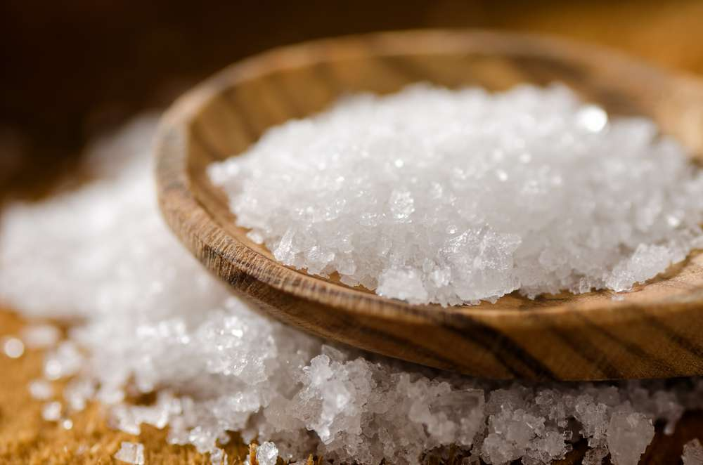 Faut-il surveiller sa consommation de sel pour éviter de développer des maladies auto-immunes ? C'est une piste que les scientifiques vont désormais suivre. © Foodio, shutterstock.com